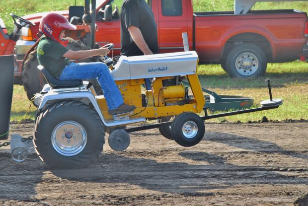 Tractor Pull brings family fun to Paola