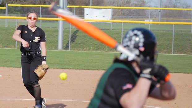 Lady Panthers crush homers in sweeps against De Soto, Baldwin