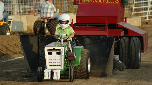 Garden tractor pull helps continue family tradition