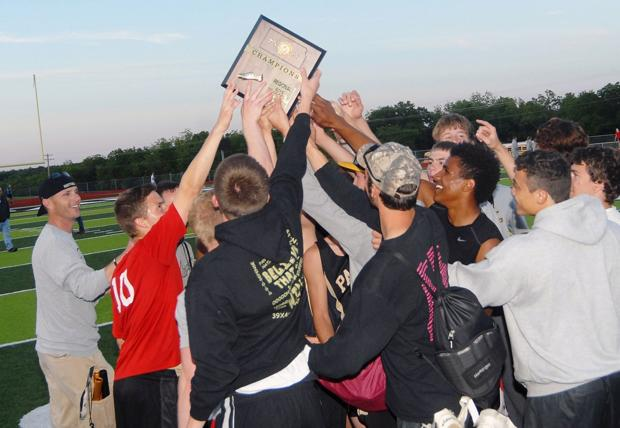 Paola boys, girls capture Class 4A regional track titles
