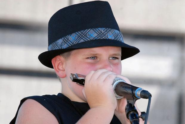 Blue Moon All-Stars keep Hasselquist's memory alive at Roots Frestival