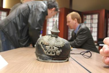 <p>SATURDAY: Experts analyze military artifacts and memorabilia at the Artifact Roadshow at Virginia War Memorial.</p>