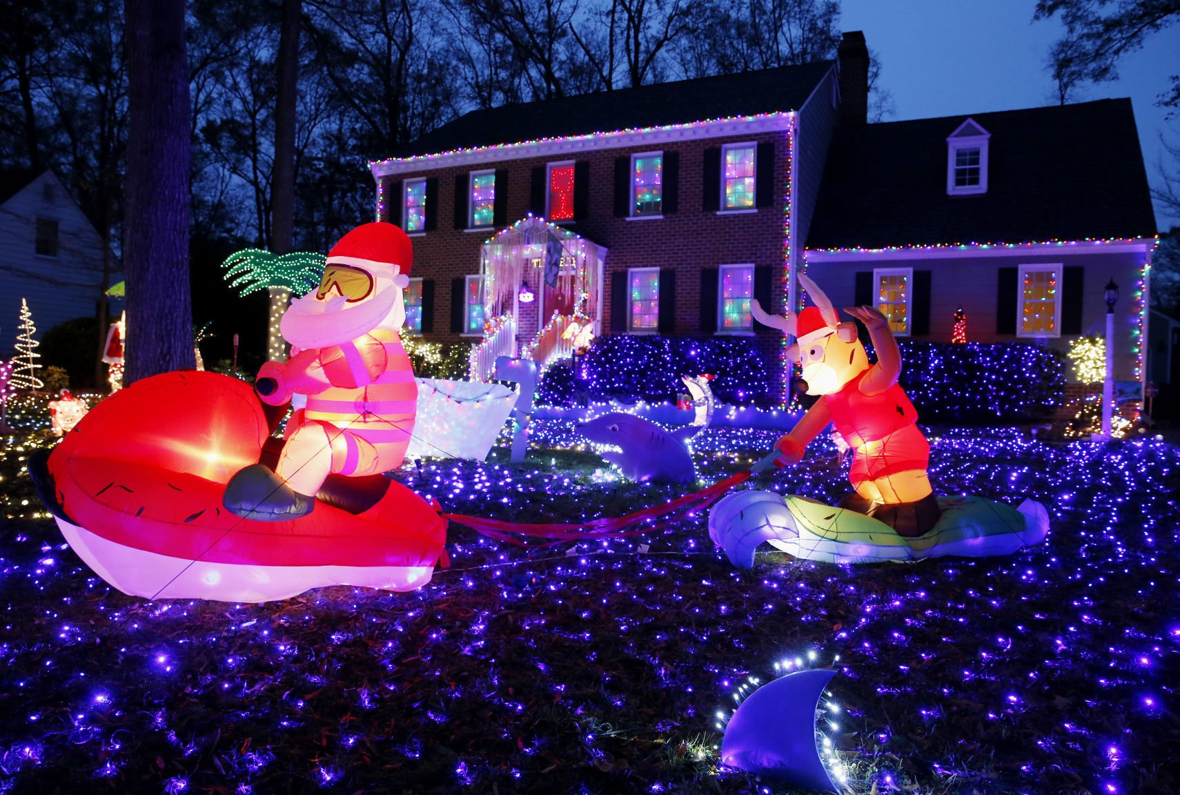 The 12 Most Amazing Christmas Lights In Chesterfield Va