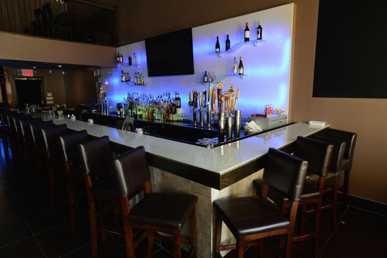 Hook up bar va beach