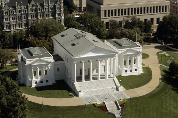 <p>Virginia State Capitol building.</p>