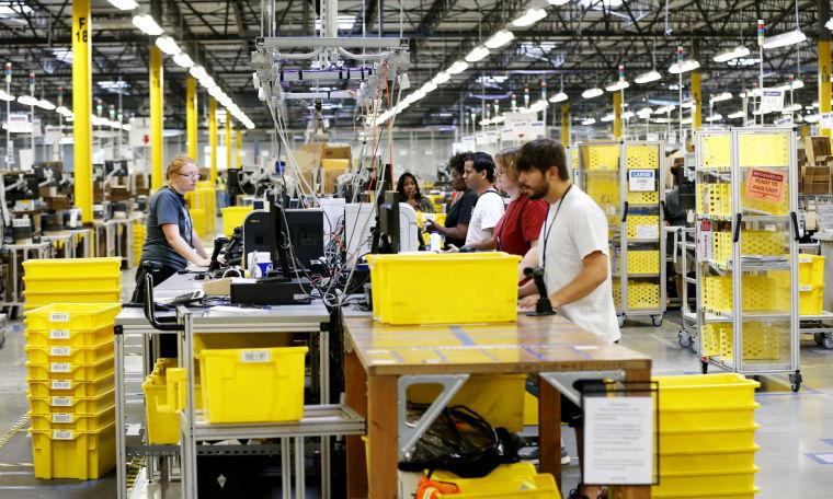 First Look Inside The Amazon Com Fulfillment Center