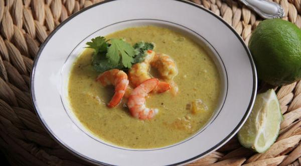 <p>Shrimp mango curry soup</p>