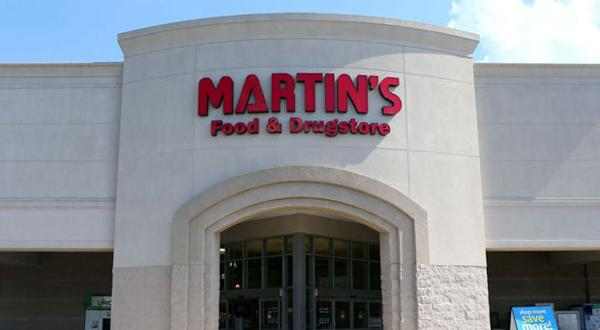 <p>Martin's Food Markets will build a new 66,000-square-foot store in the Bermuda Square shopping center, more than doubling the size of its current store in the same shopping center in Chester. The new store should open in 2016.</p>