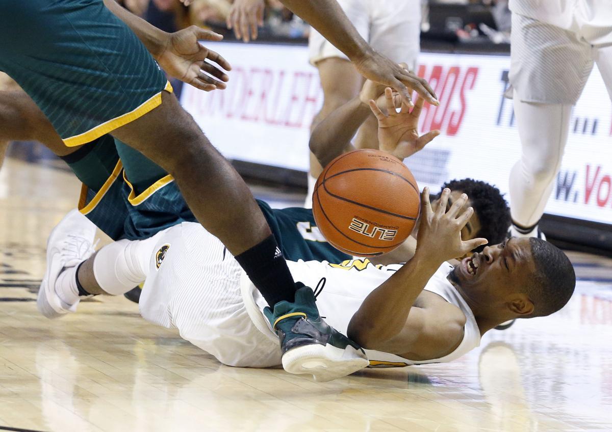 PHOTOS: VCU 72, George Mason 60 men's basketball game | Sports | richmond.com