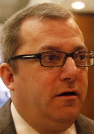 Senate panel backs bill to make cohabitation legal