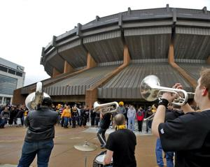 Poll measures region's pulse on Redskins investment, replacing the Coliseum