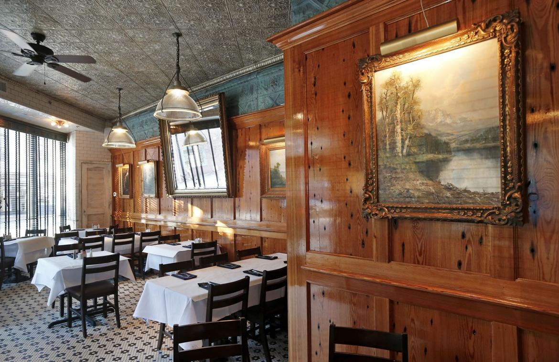 Photos 20 or so romantic richmond restaurants richmond for Alexa cuisine catering