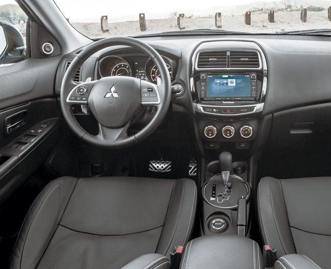 2015 mitsubishi outlander sport interior - Mitsubishi Outlander Sport 2015 White