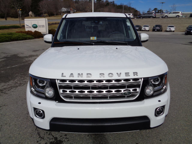 2015 fuji white land rover lr4 roanoke times suv. Black Bedroom Furniture Sets. Home Design Ideas