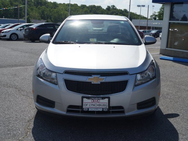 2013 chevrolet cruze roanoke times sedan. Black Bedroom Furniture Sets. Home Design Ideas