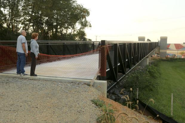 Huckleberry bridge over Peppers Ferry waits for final ramp