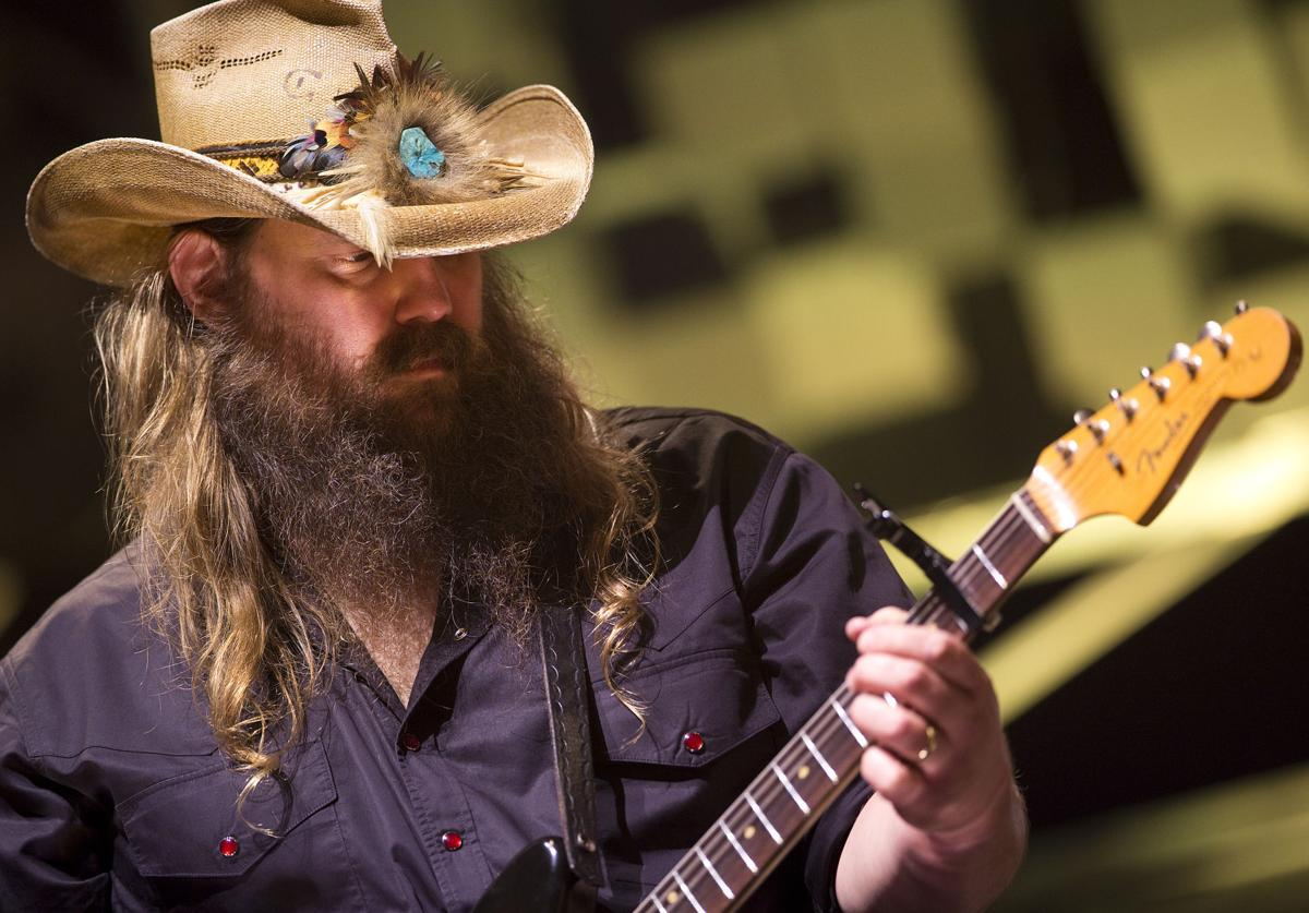 Concert Review Chris Stapleton Energizes A Sold Out