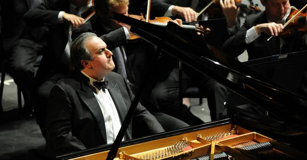 Santa Fe Chamber Music Festival artist in residence Yefim Bronfman; detail of photo by Frank Stewart