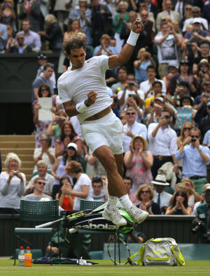 2 years later, Nadal gets past Rosol at Wimbledon