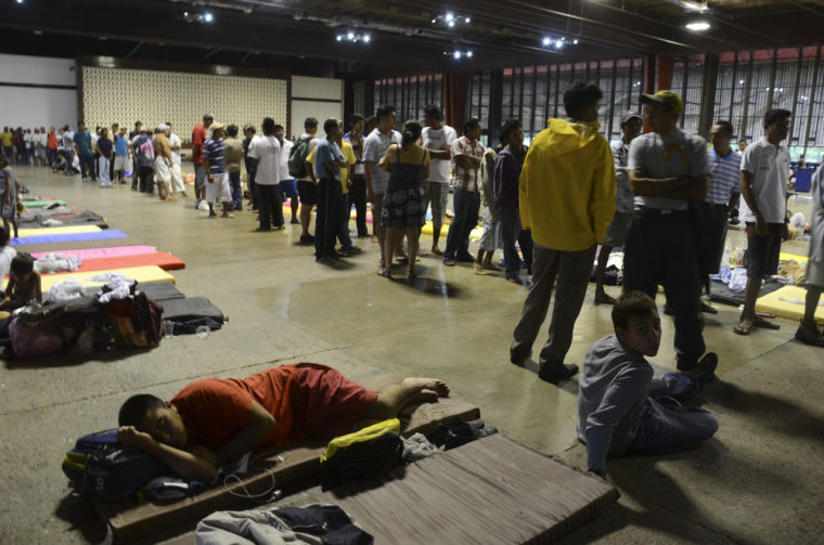 Acapulco tourists stranded; Mexico death toll 47