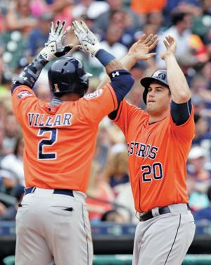 Astros rally for win over Tigers