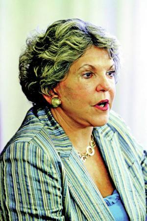 SFCC board votes to OK $500K deal with Guzmán
