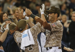 Smith, Denorfia lift Padres to 3-1 win over LA