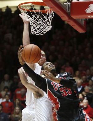 UNLV blunts Lobos in 76-73 stunner