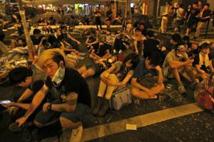 Hong Kong protesters at odds over pullback plan
