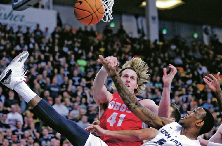 Lobos on fire in road win over Utah State