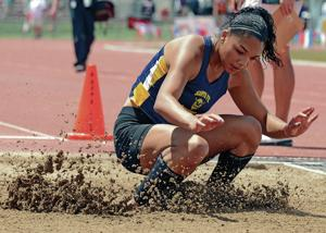 Santa Fe High's Ayanniyi to compete for UNM