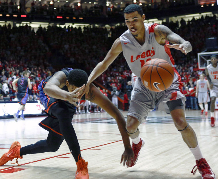 Greenwood scores 20 as Lobos run past Boise State, 84-75