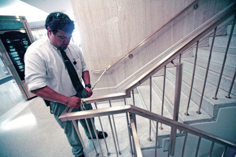 Capitol's top floor emptied due to suspicious powder