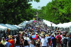 2012 Contemporary Spanish Market  Lincoln Ave booths & crowds