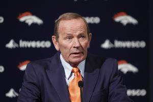 Broncos owner giving up control due to Alzheimer's