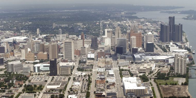 Detroit reaches bankruptcy deal over some bonds