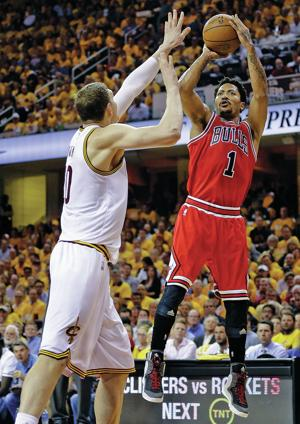 Rose, Gasol pace Bulls to 99-92 win over Cavaliers in Game 1