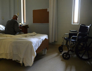 Kentucky considers nursing homes for aging inmates