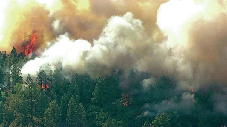 Diego Fire grows to 3,400 acres, spurs evacuation of nearby villages