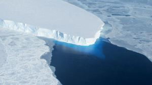 NASA spots worrisome Antarctic ice sheet melt