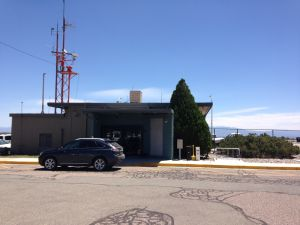 Los Alamos banks on convenience to lure more passengers to airport