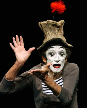 Marcel Marceau, 1923-2007: Artist put miming back in spotlight