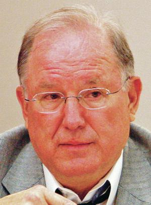 Senator backs off plan to oppose governor's picks