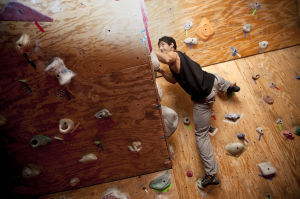 Taos gets area's first rock-climbing gym