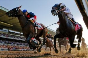 California Chrome's Triple Crown quest collapses