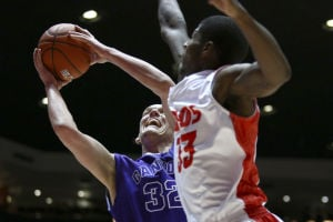 Lobos score dominating win over Grand Canyon