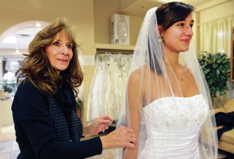 christine�s bridal and formal wear closing its doors the