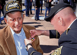 Bataan survivor honored with nine forgotten medals