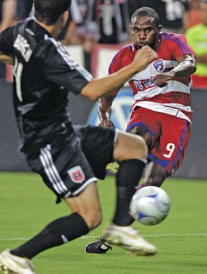Former MLS star to work with Santa Fe High players