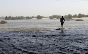 Colorado River begins flooding Mexican delta